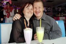 Chuyện tình 20 năm xúc động của cặp vợ chồng mắc bệnh Down