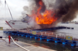 cháy tàu du lịch