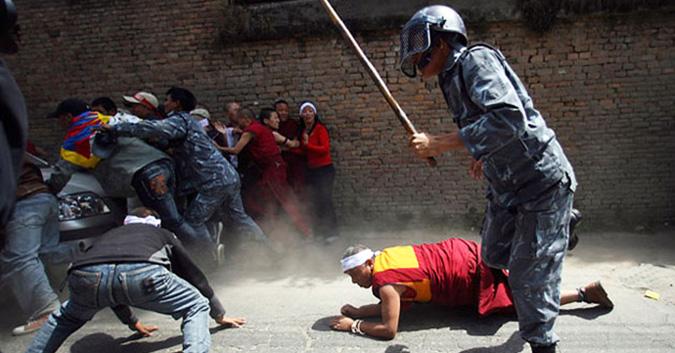 """The Diplomat: Đàn áp """"lưu manh"""" và kiểm duyệt tại Trung Quốc"""