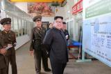 Kim Jong-un tham Vien vu khi