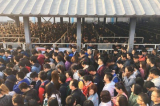 Cảnh tượng hỗn loạn ở trạm tàu điện ngầm Bắc Kinh do thắt chặt an ninh trước Đại hội 19