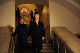 Ông Bill Clinton lại đối diện nhiều cáo buộc về tội quấy rối tình dục