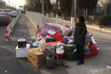 """""""Trung Quốc mộng"""" của cả người nghèo lẫn người giàu Bắc Kinh đang tan vỡ"""