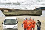 """Phát hiện nhiều """"thuyền ma"""" Bắc Hàn trôi dạt vào bờ biển Nhật Bản"""