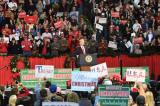 Ba tờ báo Mỹ đưa tin sai về Trump, buộc phải cải chính và xin lỗi