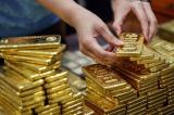 Từ việc giá vàng lao dốc mạnh sau ngày Thần Tài, nhìn lại về Quy định quản lý vàng trong dân