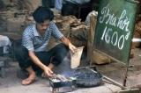 Hàng quán Hà Nội đầu những năm 90 (Ảnh)