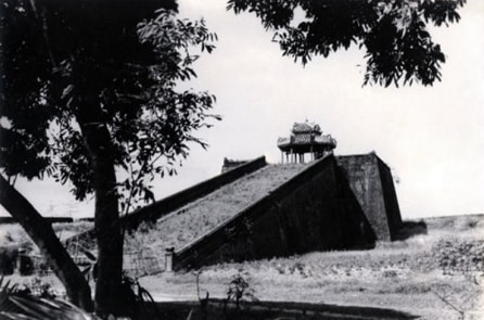 Thiên tượng cho thấy Thánh nhân xuất hiện ở phương Nam đánh bại đại quân Mông Cổ