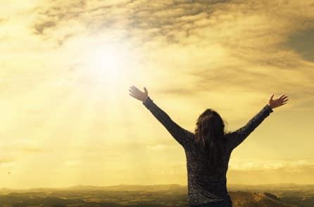 Rất nhiều người Mỹ tin rằng Chúa có thể khiến người chết sống lại