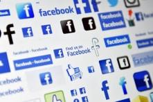 Facebook bị điều tra, nhà đầu tư đề nghị Mark Zuckerberg từ chức
