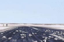 """Nga: """"Mưa vàng"""" rơi tại Siberia sau khi máy bay chở hàng gặp sự cố"""