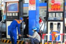 Sử dụng Quỹ để bình ổn giá xăng dầu trong ngày đầu năm 2019