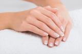 Bốn thay đổi nhỏ vùng móng tay, chân không nên chủ quan