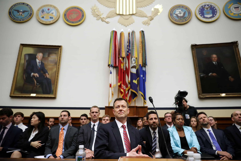 Điệp viên FBI Peter Strzok điều trần tại Hạ viện hôm 12/7. (Ảnh: Chip Somodevilla/Getty Images)