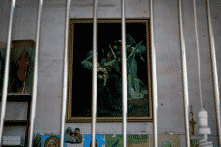 ĐCSTQ leo thang đàn áp tôn giáo, đóng cửa nhà thờ lớn nhất Bắc Kinh