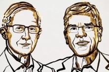 Giải Nobel Kinh tế 2018 thuộc về hai nhà nghiên cứu người Mỹ