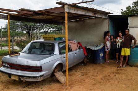 Sống trong quốc gia dầu mỏ, người dân Venezuela vẫn thiếu xăng