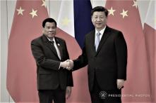 2 năm sau khi xoay trục sang TQ, Duterte vẫn 'mòn mỏi' chờ tiền của Bắc Kinh