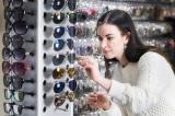 Chủ cửa hàng ở Anh bỏ tiền thuê người… ăn trộm đồ của mình