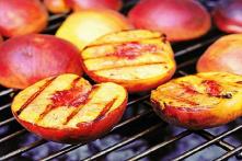 Nướng trái cây – Phong cách nấu ăn lạ có thể bạn chưa thử
