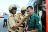 TP HCM: Cảnh sát giao thông duy trì kiểm tra nồng độ cồn trong dịp Tết