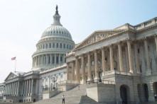 Gần 100 Dân biểu Dân chủ muốn ra luật chặn tuyên bố khẩn cấp quốc gia