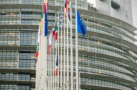 EU kêu gọi cấm vận quan chức TQ, dừng xuất khẩu công nghệ tới TQ