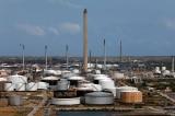 Mỹ yêu cầu các công ty nước ngoài cắt giảm giao dịch dầu mỏ với Venezuela