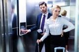 Vì sao trong thang máy có lắp gương? Hơn 80% người không biết