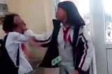 Nữ sinh đánh nhau trong lớp: Hiệu trưởng, GV chủ nhiệm bị đình chỉ công tác