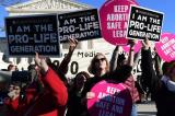 Luật cấm phá thai của Mississippi bị tòa chặn, luật của Alabama đang bị kiện