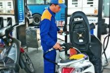 Giá xăng dầu tiếp tục tăng gần 1.000 đồng/lít từ 16h ngày 2/5