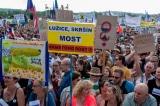 CH Czech: Hàng trăm nghìn người biểu tình đòi thủ tướng từ chức