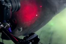 Video: Tàu ngầm 'chạm mặt' loài cá mập hiếm gặp nhất sâu dưới đáy biển
