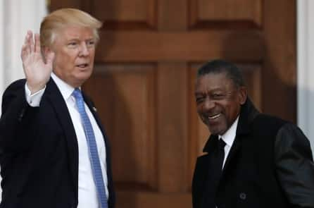 Tỷ phú da đen đầu tiên của Mỹ ca ngợi Trump, tố cáo Đảng Dân chủ quá thiên tả