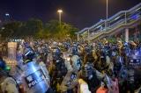 Hồng Kông: Bắc Kinh yêu cầu dùng lực lượng cảnh sát, phạt nặng người biểu tình