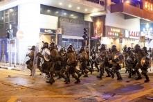 ĐCSTQ thăng chức cho quan chức để đối phó với tình hình Hồng Kông