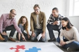 6 hành động đơn giản sếp có thể làm để khích lệ tinh thần nhân viên