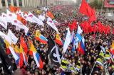 Moscow: Hàng chục nghìn người tuần hành yêu cầu thả người biểu tình bị bắt