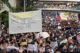 Vì sao giới lập pháp Mỹ thúc đẩy thông qua Dự luật Nhân quyền và Dân chủ Hồng Kông?