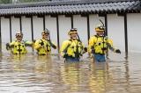 Gần 60 người chết vì bão lớn ở Nhật