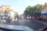 Hải Phòng: Công an phủ nhận việc chặn xe khiến hai học sinh ngã xuống đường