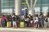 Việt Nam dừng đưa đón khách du lịch đến vùng có dịch corona