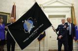 Lực lượng Vũ trụ Mỹ công bố lá cờ chính thức